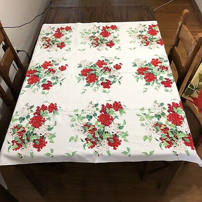 WILENDUR VERBENA Red and Green Floral CUTTER Tablecloth 49 X 54 inch
