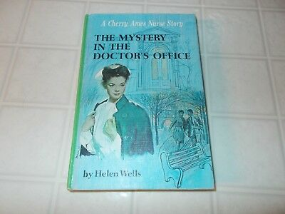 Cherry Ames   The Mystery in the Doctor's Office # 26   First edition 1966