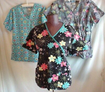 SB Scrub Tops Mixed Lot of 3 sz Small with Short Sleeves Flowers Butterflies