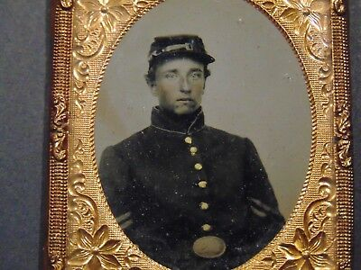 ANTIQUE CIVIL WAR RUBY AMBROTYPE PHOTOGRAPH  SAMUEL E. RICE 7th REG. RI INFANTRY