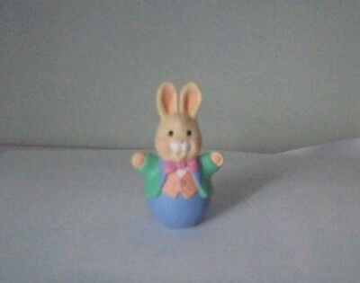Bunny In Suit, 1995, Hallmark Easter Merry Miniature Figurine