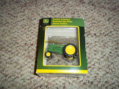 Enesco John Deere Tractor Holiday Christmas Ornament #1 licensed product 4008519