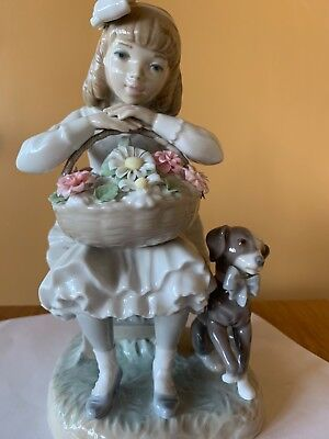 Superb Retired LLADRO Figurine #1088: GIRL WITH FLOWERS & DOG