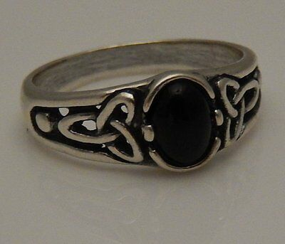 Triquetra Goddess Ring .925 Sterling Silver Sz 6 w/ Natural Black Onyx gem