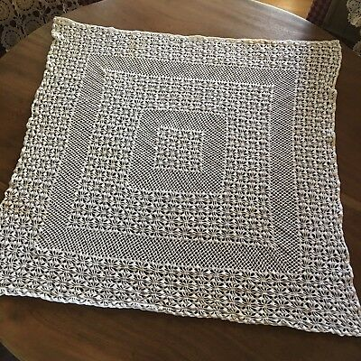 """Vintage  Handmade Fine Crochet Lace 32""""x32"""" Square Tablecloth Table Topper"""