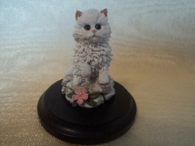 Vintage Hand Crafted/painted (Country Artists) White Cat/kitten - Lovely. (Mint)