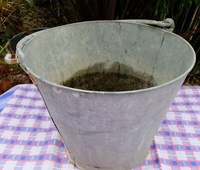 Vintage Nicely Shabby Traditional Galvanised Bucket