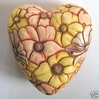 MPS Harmony Kingdom: Jardinia: Small Heart / Flowers Trinket Pot: Heart Felt NIB