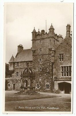 POSTCARDS-SCOTLAND-MUSSELBURGH-RP. Pinkie House and Old Well.