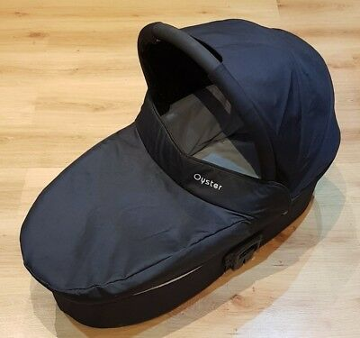 Babystyle Oyster 1 / 2 / Max Black Carrycot and Mattress - Excellent Condition