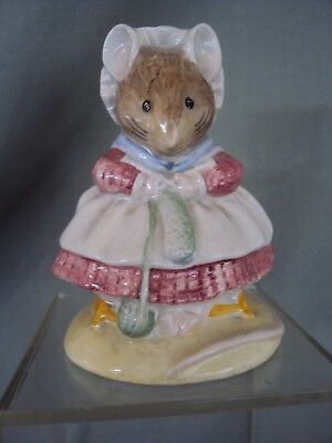 1989 'old Woman In A Shoe Knitting' Royal Albert Beatrix Potter Figurine #2779