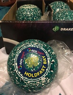 Drakes Pride Conquest lawn bowls Size 4 grip- excellent condition