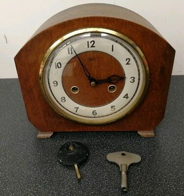 Old wooden cased Smiths Enfield mantel clock with pendulum and key