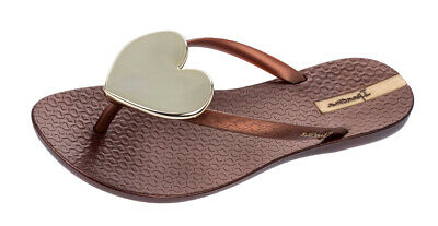 5511eb34883d4d Ipanema Maxi Heart Womens Beach Flip Flops Beach Pool Sandals - Bronze