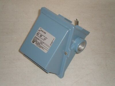 New! United Electric Controls H400-358 Temperature Switch Options: M446