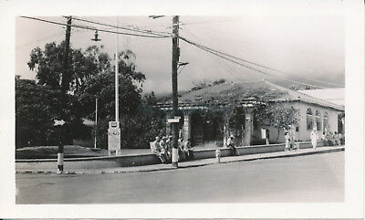 WWII 1940s Wailuku Maui Hawaii photo #1 servicemen at USO