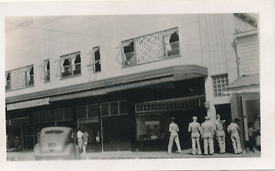WWII 1940s Wailuku Maui Hawaii photo #6  servicemen in line for ?, street scene