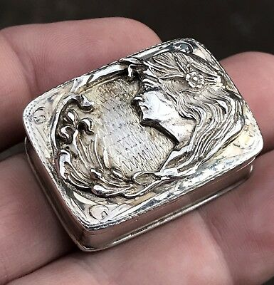 """A Nice Quality Vintage Solid Silver Embossed """"Art Nouveau"""" Style Pill Box, 1992."""
