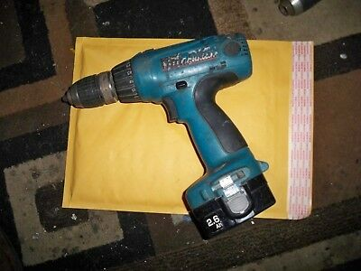 Makita 14.4 volt drill and Flashlight combo with charger and 1 battery