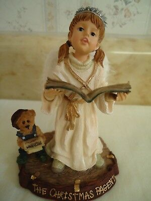 """Yesterdays' Child """" Boyds Dollstone Collection. The Christmas Pagent. 2000. 4"""""""