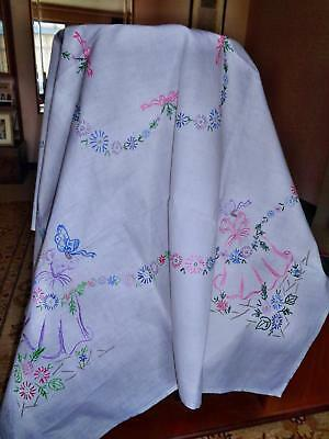 A Large Vintage Hand Embroidered Crinoline Lady Tablecloth With Daisy Swags