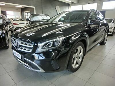 Mercedes-benz gla 200 d automatic sport restyling ufficiale mb