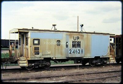 DSld Railroad Slide Union Pacific UP 24628 Caboose Council Bluffs IA 6/16/80