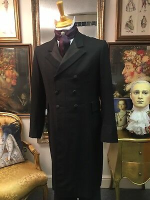 Dapper Men's Theatrical Victorian Style Split Collar Double Breasted Frock Coat