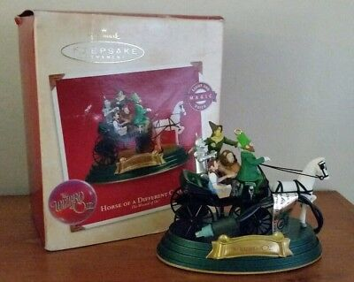 Hallmark Keepsake 2002 Wizard of OZ Horse of a Different Color Ornament