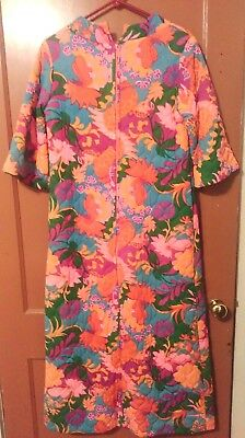 Vintage Quilted Women's Housecoat Robe Gaymode Penneys MULTICOLOR-MEASUREMENTS