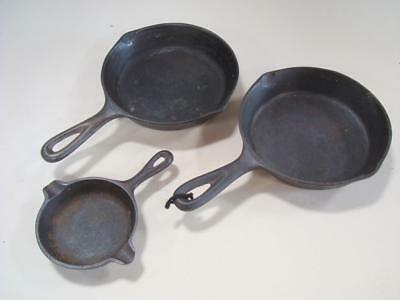 Lot of 3 Vintage Unmarked No 3 Cast Iron Skillets w/ Wagner Ware Mini Skillet