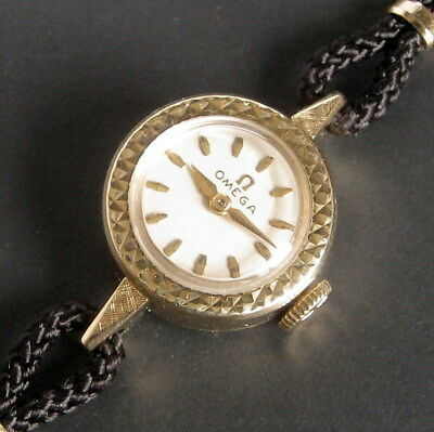 Ladies MINT 1961 Omega 14K Solid Gold SAPPHETTE Swiss Watch + Box, Papers & Tags