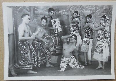 MADAGASCAR, PHOTOGRAPHIE TROUPE THEATRALE JEAN VALMANCE RAVALY, TANANARIVE c1960