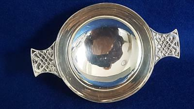 Scottish Hallmarked Sterling Silver Quaich Porringer 141g Edin 1959
