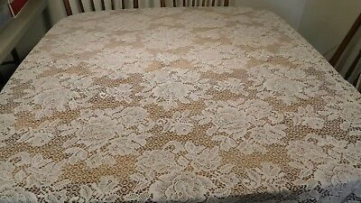 Vintage Ivory Color Cabbage Rose  Lace Taglecloth 52X67 Rolled Hems Cotton Poly