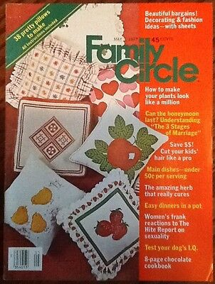 Family Circle vintage May 3 1977 fashion Hite Report crafts chocolate recipes