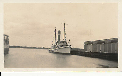 1933  Honolulu Harbor small ship Hawaii  Photo