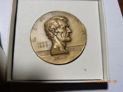 "ABRAHAM LINCOLN - Hall of Fame for Great Americans at NY Univ. 1-3/4"" Medal"