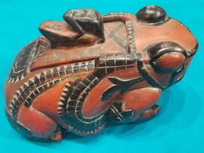 Beautiful Large Handcrafted Carved Wood FROG TOAD compartment fertility top