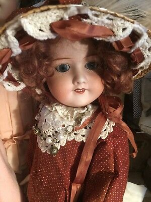 Antique French Lanternier Limoges TANAGRA PARIS Doll - Perle Depose 8