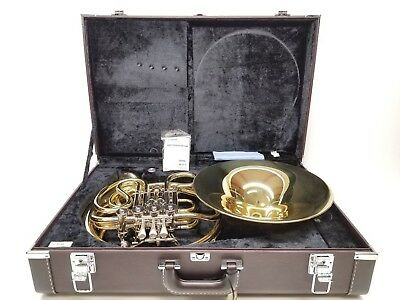Yamaha YHR-671D French Horn with Case - Good Condition - Retail 6650$ CAD