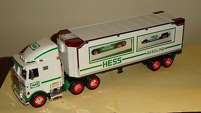 1997 HESS TOY TRUCK and RACERS in the Original Box with Inserts