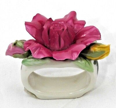 Vintage 1962 Royal Albert OLD COUNTRY ROSES Sculpted Napkin Ring NEW SET of 4