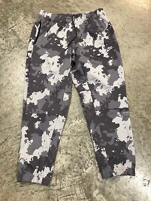 b1556c4a18 Nike Air Max Digi Camo Pants Joggers Green Brown AH8486 001 Men's Size Large