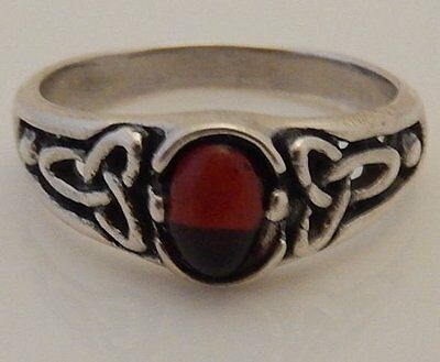 Celtic Goddess Triquetra Ring .925 Sterling Silver Sz 10 w/ Genuine Amber