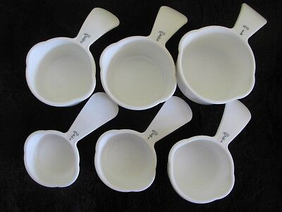 Tupperware Measuring Cups Set of 6 White Spoons Baking Cooking Kitchen Tools New
