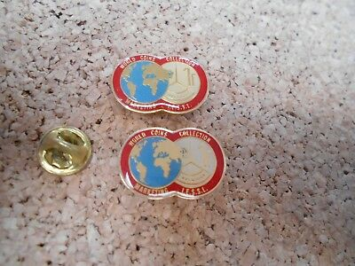 2 Pin's Pins world coins collection Marketing 1f Belgique I.E.S.S.L