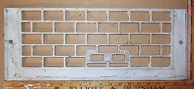 "Vintage Cast Iron Floor To Wall Grate White 19-3/8"" x 7½"" Decor - Steampunk"