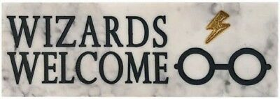 Harry Potter Desk Sign: Wizards Welcome