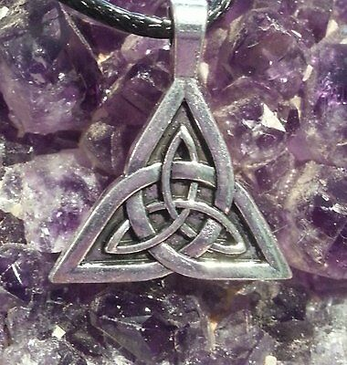 STUNNING SILVER CELTIC KNOT TRIQUETRA CHARM PENDANT ON 44cm EXT BLACK CORD